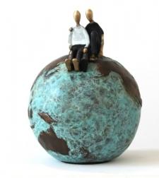 Mireia Serra: One World, One Love (3/8)